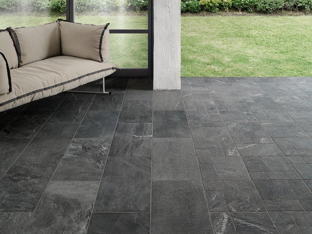 Carrelage exterieur anthracite elegant carrelage noir for Grand carrelage exterieur